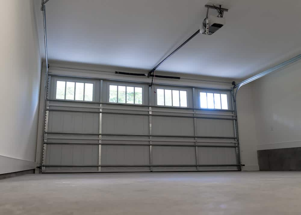Garage Door Repairs And Service – Some essential tips to know